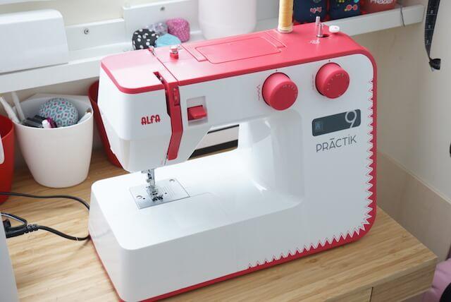 Máquina de coser Alfa Patrik 9